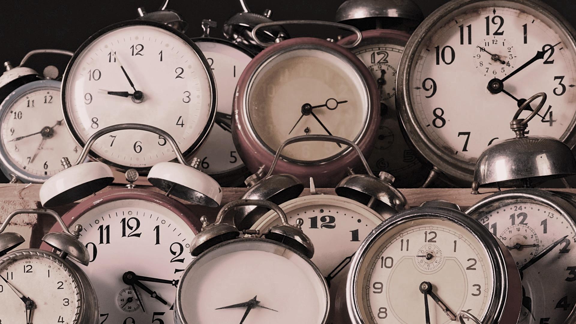 antique-clock-wallpaper-mobile-whj